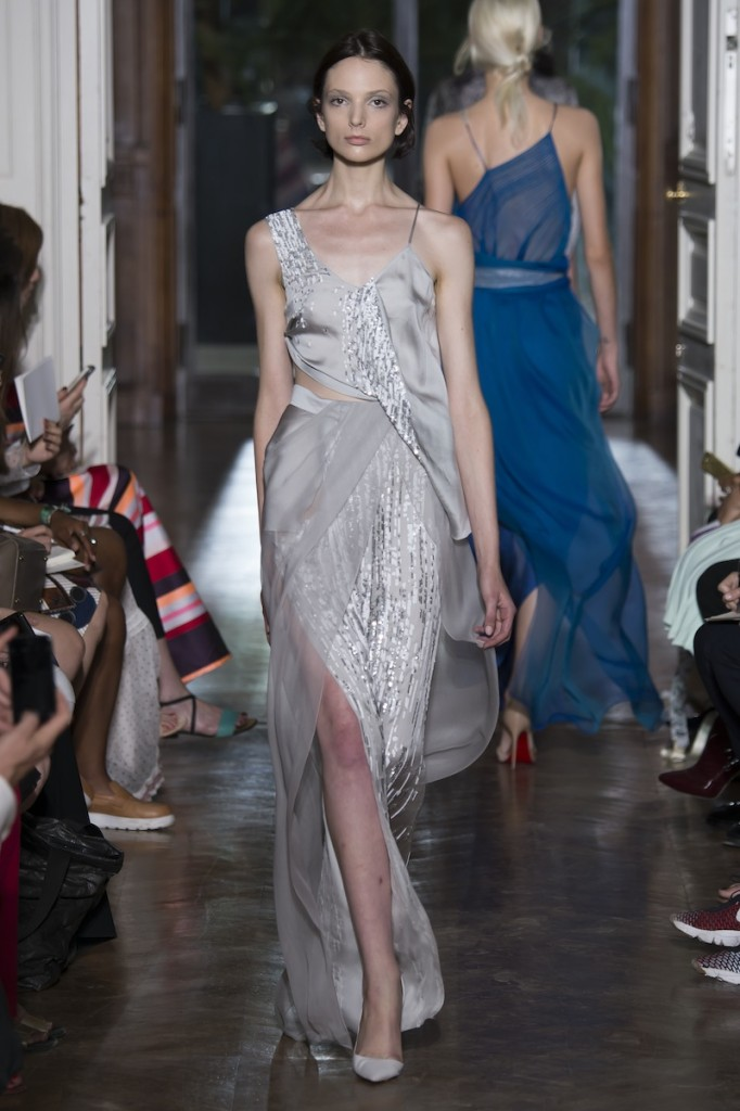 YIQING YIN HAUTE COUTURE - Fall Winter 2015/16